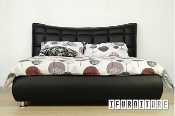 Picture of NAPOLI Genuine Italian Leather Bed IN QUEEN/KING
