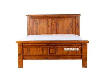 Picture of FOUNDATION Rustic Pine Bed in Queen/King