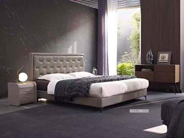 Picture of HUNTER LEATHER BED IN QUEEN/KING